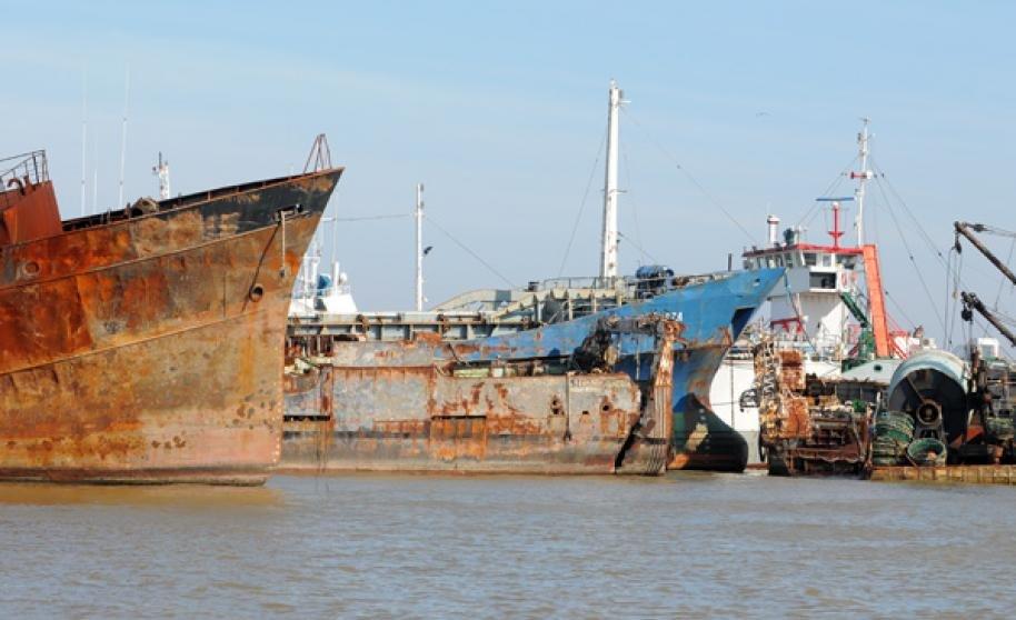 Comprar Barco de Acero para desguace
