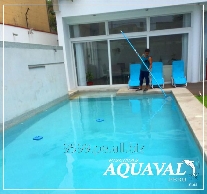 Comprar Limpieza y mantenimiento de piscina
