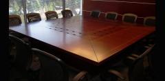 Mesa de reunión modelo 02