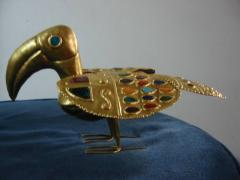Tucán bañado en oro de 24K