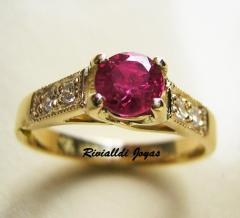 Jewelery souvenirs