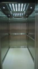 Hydraulic hoists