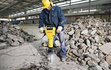 Pedido Servicio de reparación y mantenimiento de maquinaria para el movimiento de tierra y construcción de carreteras