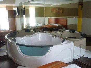 Hotel Rosa Toro, Empresa в San Borja  Tienda en línea ...