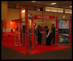 Montaje e instalación de stands de exposición