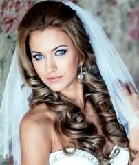 Maquillaje y peinado para novias en Lima