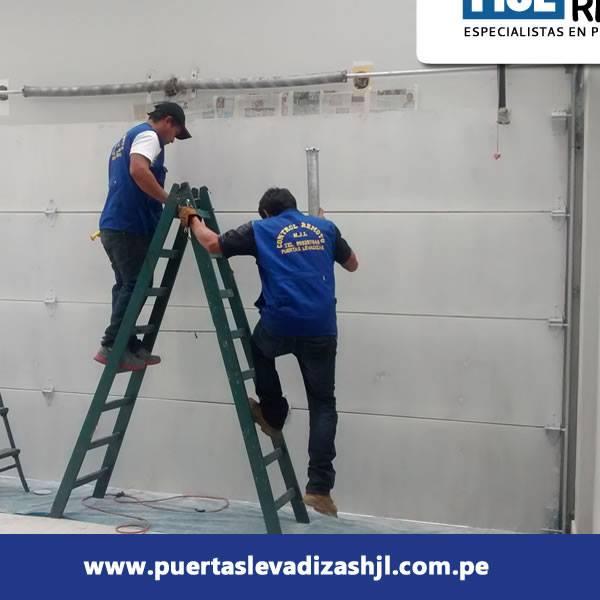 mantenimiento_y_reparacin_de_puertas_de_garaje_hjl